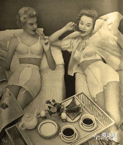 1954_Warner_s