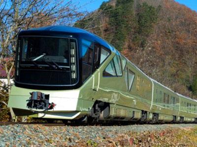 """奔跑的""""五星级酒店"""" 日本四季岛号火车正式开启运行 如果你坐上的是"""