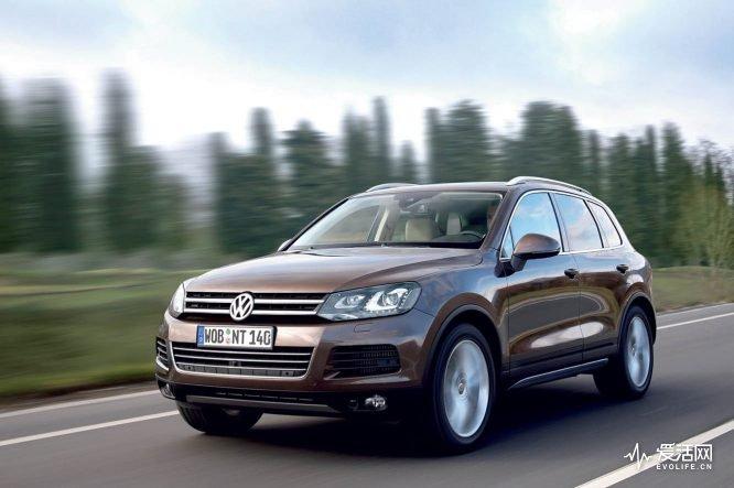 Volkswagen_Touareg_2010_020