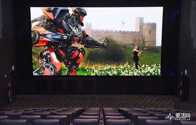 samsung-33-foot-cinema-screen-2017-07-14-03-ed