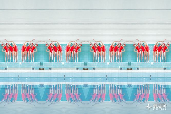 swimmers-maria-svarbova-1