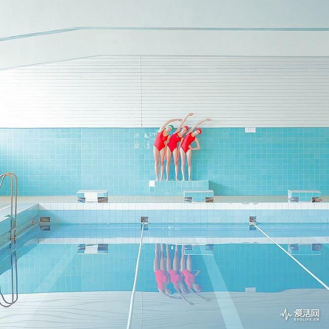 swimmers-maria-svarbova-10