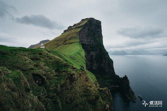 faore-islands-merlin-kafka-2
