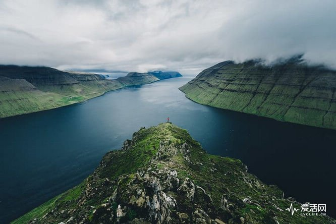 faore-islands-merlin-kafka-5