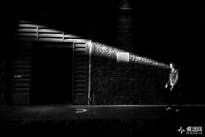 Alan-Schaller-Metropolis-11