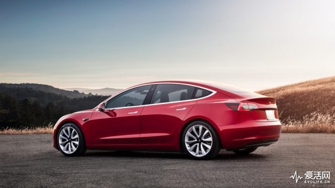 05-tesla-model-3-first-drive-1