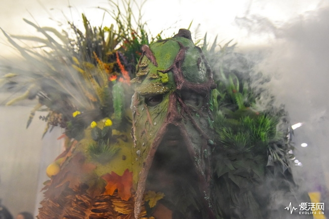 A man dressed as Swamp Thing poses for a photograph during New York Comic Con in New York City, U.S. October 7, 2017. REUTERS/Stephanie Keith