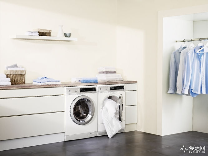 ewf1408wdl-washing-machine-and-edh3498rdl-tumble-dryer