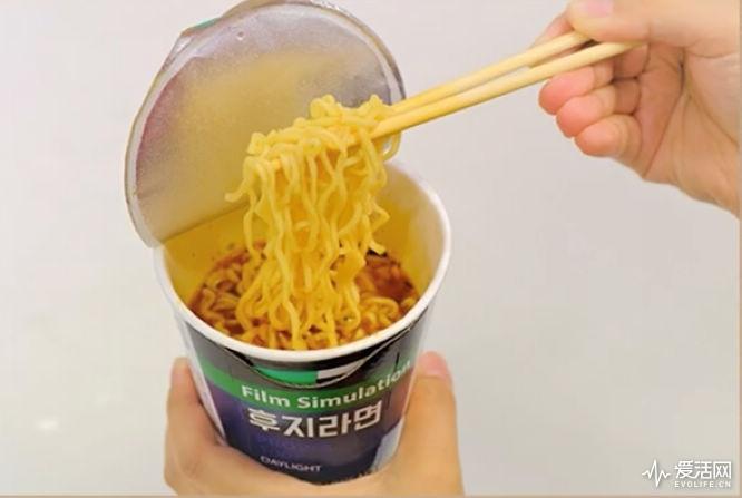 Fujifilm_noodles_4