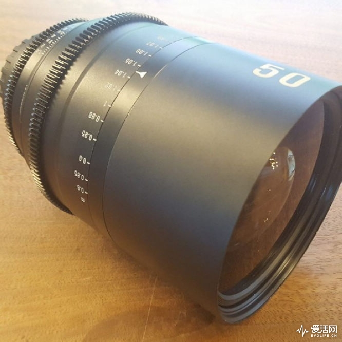 Samyang-anamorphic-cinematographic-lens1