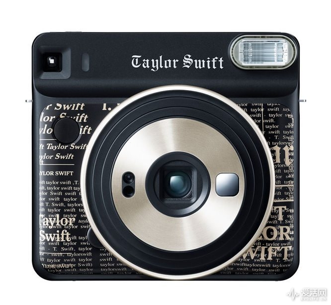 instax-sq-6-taylor-swift-edition-3