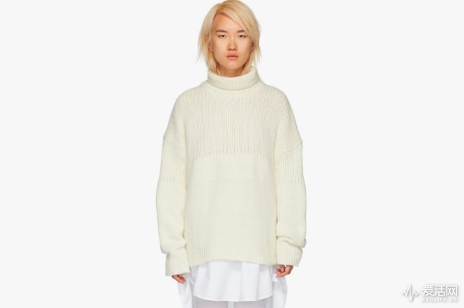https---bae.hypebeast.com-files-2018-10-chunky-sweaters-knitwear-fall-winter-balenciaga-calvin-klein-ambush-8
