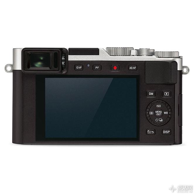 Leica_D-Lux_7_1