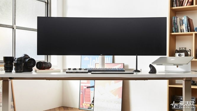 lg-49-inch-curved-678_678x452