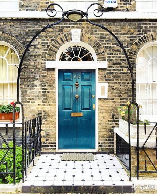 london-front-door-colors-bella-foxwell-21