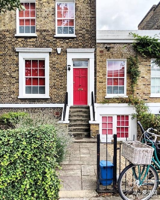 london-front-door-colors-bella-foxwell-22