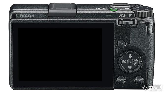 Ricoh-GR-III-camera-12