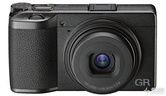Ricoh-GR-III-camera-9