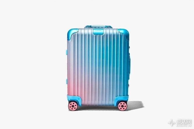 https---hypebeast.com-wp-content-blogs.dir-6-files-2019-02-rimowa-alex-israel-suitcase-collaboration-frieze-art-fair-4