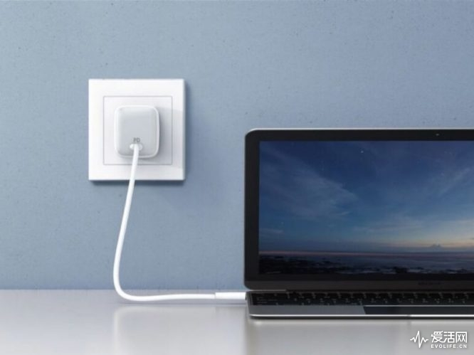new-anker-charger-800x600