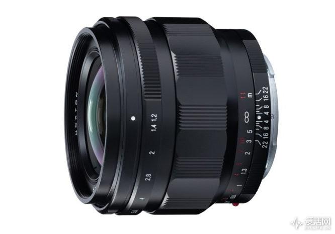 voigtlander-nokton-50mm-f-1.2-e-mount-lens-620x465
