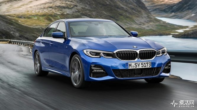 2019-BMW-3-Series-2