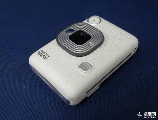 Fuji-Instax-Mini-HM1-LiPlay-2