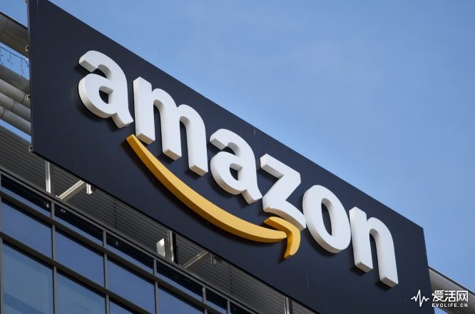 amazon-sign-logo-billboard-1548