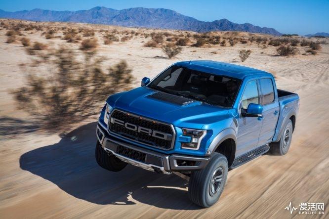 2019-Ford-F-150-Raptor-19