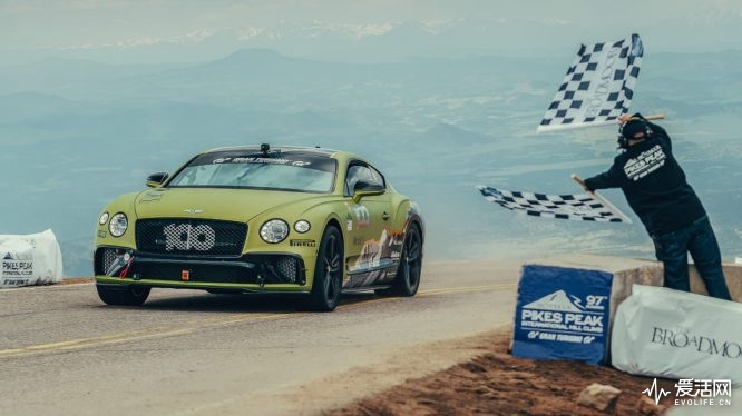 2019-bentley-continental-gt-pikes-peak-finish