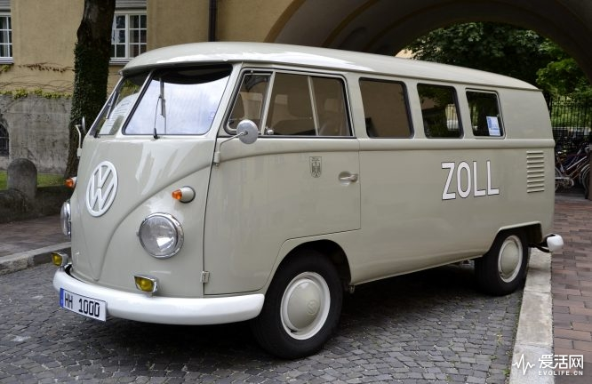 Zollbus_VW_T1_from_1962