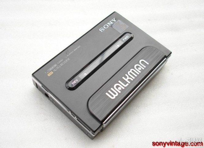 sonyvintage.com-wm-501-BLK-9