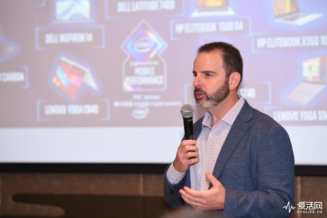 英特尔公司客户端计算事业部副总裁、移动创新部门总经理Josh Newman