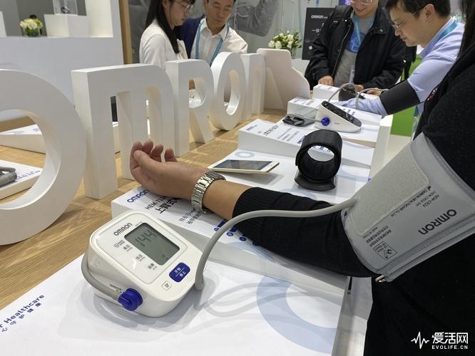 欧姆龙血压计试用