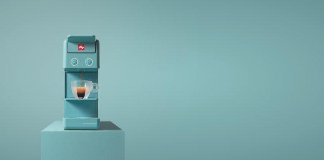 illy意利咖啡推出全新限量Y3.2阿玛非蓝Amalfi Blue胶囊咖啡机 (2)
